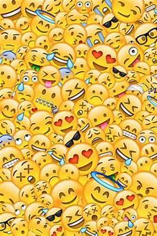 wallpaper emoji iphone resultado de imagen para emoji enamorado papel de parede