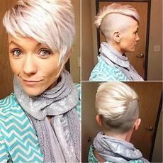 extrem kurzhaarfrisuren frauen pin auf rasierte haare