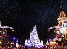 Disney World Christmas Lights Dates News 2017 Mickey S Very Merry Christmas Party Eats The