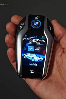 2019 bmw 330i key fob bmw introduces the key fob with touchscreen display