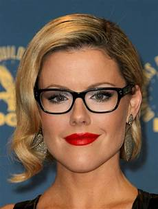 frisuren rundes gesicht brille how to find the most flattering glasses for you glasses
