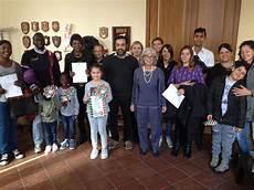 cittadinanza italiana ministero dell interno otto stranieri ricevono il conferimento della cittadinanza