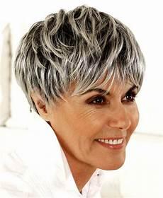 frisuren ab 60 die jünger machen 2019 die sch 246 nsten trendfrisuren bob frisuren ab 60 ideen jpg