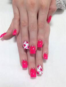 Acrylic Nails With Flower Design Acrylic Nails With Flowers Kimberleigh H S Photo