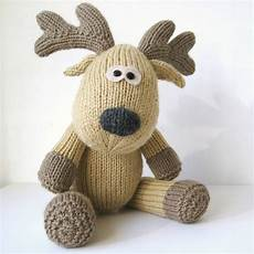 15 knitted toys for
