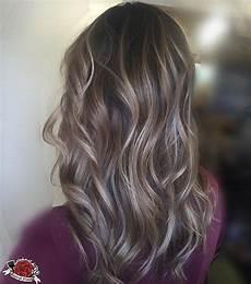 Light Brown Hair With Beige Highlights Beige Balayage On Brunette Hair Highlights On Brown Hair