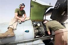 Airplane Mechanic What Degree Do I Need To Become An Aircraft Mechanic