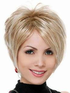 messy layered hairstyle for short hair fashion qe