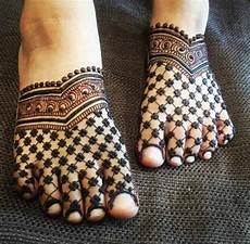 Feet Designs 30 Mind Blowing Leg And Foot Mehndi Designs For Brides