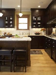 Dark Kitchen Cabinets With Light Floors Dark Cabinets Light Floor Home Design Ideas Pictures