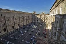 il cortile roma 9 cortile o patio belvedere roma 1506 bramante
