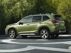 2019 subaru forester photos new 2019 subaru forester price photos reviews safety