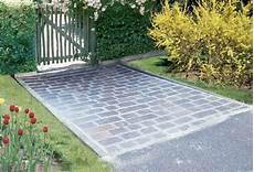 pavimentazione cortili fare un vialetto con pietre di recupero bricoportale