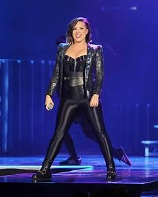 Demi Neon Light Demi Lovato Neon Lights World Tour In Miami 30 Gotceleb