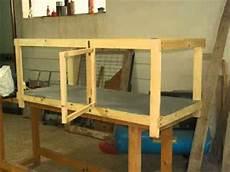 costruire gabbia conigli la follia in un angolo
