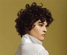 kurzhaarfrisuren krauses haar hairstyle suited to naturally curly hair