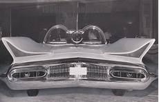 futura cast 1955 lincoln futura concept cars strange cars