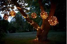 Ways To Hang Christmas Lights Hang Outdoor Christmas Lights The Best Way To Generate