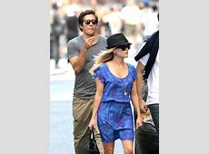 Reese Witherspoon & Jake Gyllenhaal   French Fashions
