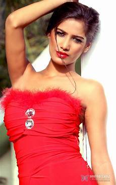 poonam pandey biography profile