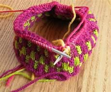 kiwi knits about knitting needles