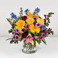 Classic Floral Design Waukee Ia Everts Flowers Home And Gifts Ames Ia 50010