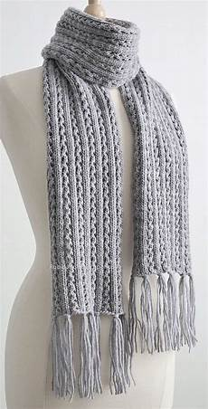 knit free free knitting pattern for 4 row repeat frostlight scarf