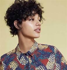 kurzhaarfrisuren krauses haar 20 gorgeous curly hair ideas you must see crazyforus