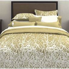 the benefits of switching to bamboo sheets in the bedroom
