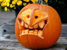 Skinny Pumpkin Designs 22 Traditional Pumpkin Carving Ideas Diy