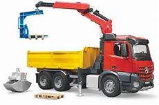 reviews bruder 03651 mb arocs construction truck with