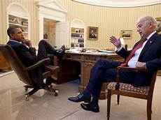 President Obama Oval Office Pictures Of Obama In The Hardest Month Of His Presidency
