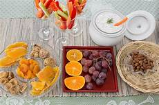 Snacks For Meetings Ideas For Snacks For A Work Meeting With Pictures Ehow