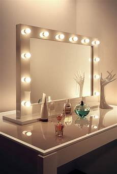 Hollywood Lighted Dressing Room Mirror Good Mat Lipstick Hollywood Dressing Room Mirror With Lights