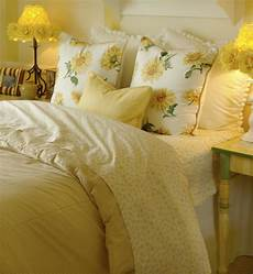 50 decorative king and bed pillow arrangements