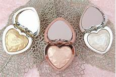 Too Faced Ray Of Light Highlighter Too Faced Love Light Prismatic Highlighters Review