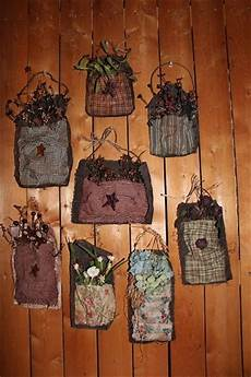 fabric crafts primitive 32 best images about primitive flowers on