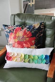 fabric crafts pillows eak a house diy colorpath pillow