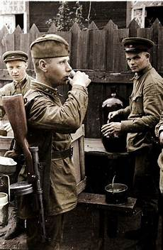 Soldier Hard See The Light 152 Best Images About Red Army Soldiers Ww2 On Pinterest