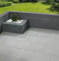Kann Vanity Terrassenplatten by Vanity Mauerscheiben In Dunkelgrau Gartenmauer Stein