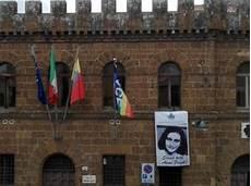 sede comune di roma bandiera pace su sede comune di cerveteri 171 stia