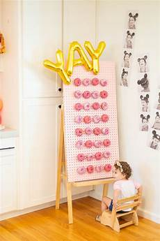 7 super trendy diy donut walls for parties shelterness