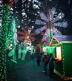 Darden Tn Christmas Lights How To Spend A Merry Mellow Holiday Weekend At The Oregon