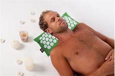 cuscino per funziona tappetini per agopressione e cuscini per ecco