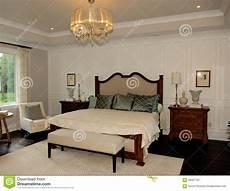 da letto elegante da letto elegante in una nuova casa fotografia