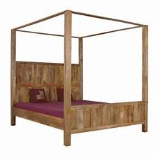 letto baldacchino legno letto a baldacchino legno naturale letti etnici