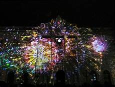 Barcelona Night Light Show Barcelona Lights Up The Night With Llumbcn Barcelona