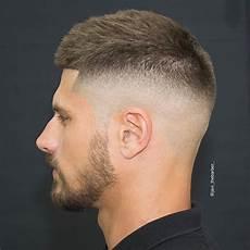 kurzhaarfrisuren männer mit cut 19 hairstyles for frisuren frisuren kurz und