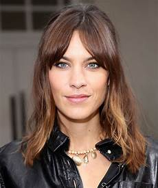 frisuren dickes haar pony flattering haircut ideas for thick hair instyle