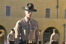 Marines Corps Drill Instructor Marine Drill Instructor Receives Silver Star Gt Marine
